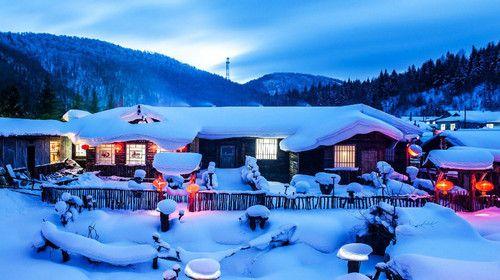 魅力冰城哈尔滨、激情滑雪亚布力、中国雪乡、伏尔加庄园双飞5日游